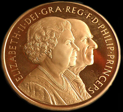 Queen Elizabeth The Ii 2007  Gold £5 Sovereign
