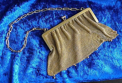 A EXCELLENT SOLID 135.8 Grams of 9ct GOLD MESH PURSE