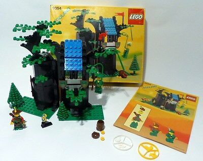 Lego: Forest Men's Hideout Set 100% Complete #6054, In Box, Instructions