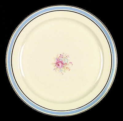 Taylor Smith & Taylor 1681 Dinner Plate S2346017G2