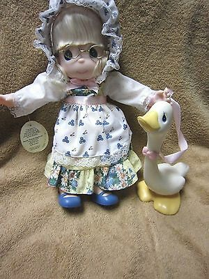 PRECIOUS MOMENTS #1330, 1999 5TH Edition MOTHER GOOSE Doll w/ Goose Figurine