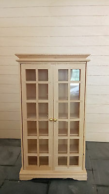 Dolls House Furniture, Bookcase or Cabinet