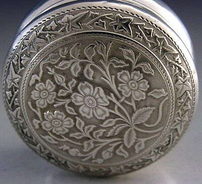 Beautiful English Sterling Silver Flower And Ivy Design Pill Box 1917 Antique