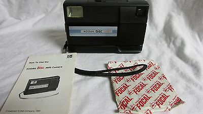 VINTAGE 1980s KODAK DISC 3600 CAMERA WITH MANUAL AND FOCAL DISC FILM