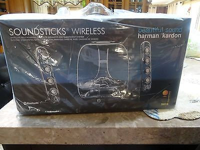 *SEALED Harman Kardon SoundSticks Wireless Bluetooth Enabled 2.1 Speaker System!