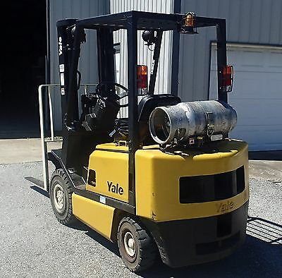 """Yale GTP040A Solid tire,triple mast 189"""",side shift,4' forks,dual fuel,5371 hrs"""