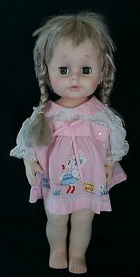"1974 Eegee 18"" Baby Doll Blonde Hair Green Eyed Cutie Needs Home open/close eyes"