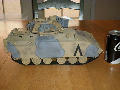 21st Century Toys - M2 Bradley Fighting Vehicle, Die Cast Metal Toy, SCALE 1:18