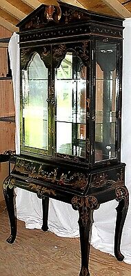 Exqusite Chinese Painted Display / Curio Cabinet W/ 1 Drawer & Cabriole Legs