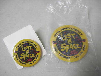Lot Of 2 Lost In Space 30Th Anniversary Cast Reunion Pins 1995 One Sealed