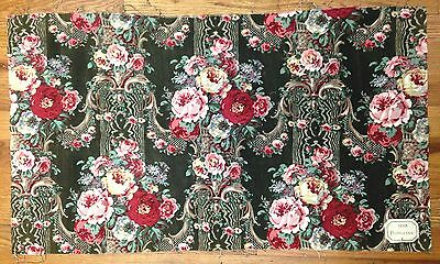 Antique Beautiful 19th c. French floral cotton print fabric (9915)
