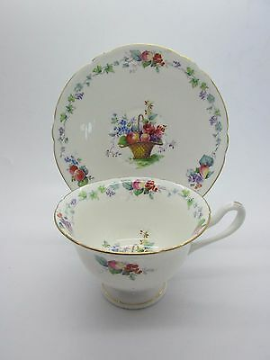 RARE Vintage SHELLEY CHINA Flower Fruit Basket Gainsborough Cup Saucer 2059 MINT