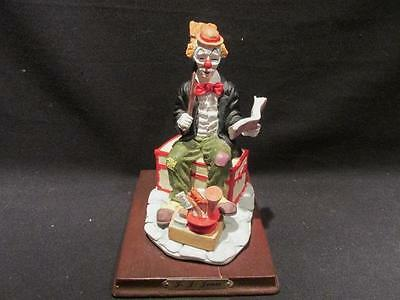 J J Jones 1995 Limited Edition Clown Figurine with Cleaning Supplies