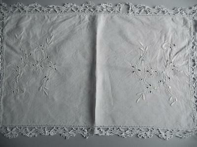 "Lovely Vintage Hand Embroidered & Crocheted Irish Linen Table Mat 13.5"" x 22"""
