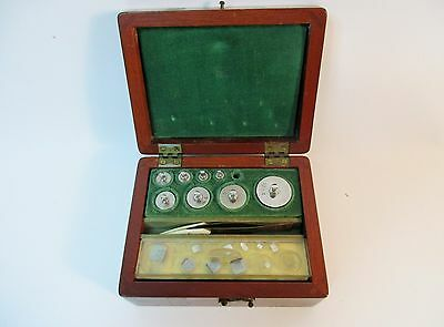 Vintage Lab Pharmaceutic Chemical Weight Set Will Co.wood Box Apothecary Jeweler
