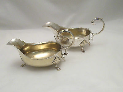 A Pair of Silver Plated Sauce Boats - EPNS - c1900