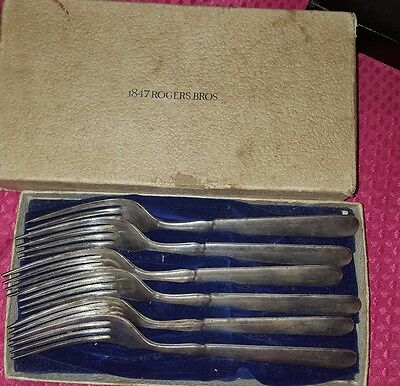 1847 Rogers Brothers Silverplate set of 6 Forks in Original Box