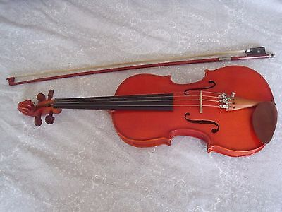 Stentor Violin size 3/4 with bow and hard case.