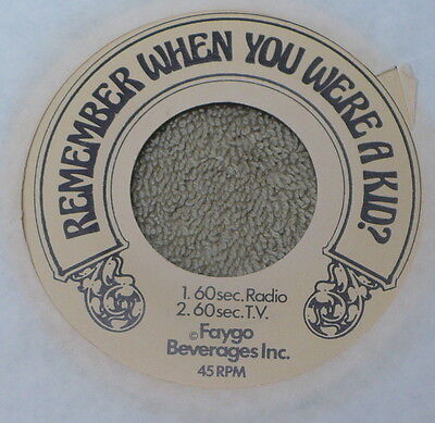 VINTAGE FAYGO BEVERAGES 45 rpm RECORD / ADVERTSMENT JINGLES FOR SODA POP / BUNKO