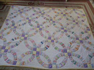Striking 1930's Hand Sewn~Hand Quilted~Wedding Ring Quilt~EXC!
