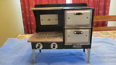 Vintage Empire Toy Stove Oven 1927 Metal Ware Corp Very Nice! Works!