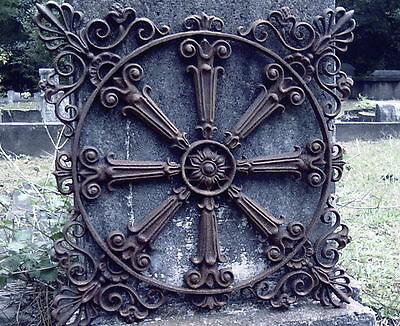 Large Iron Circular Grecian Design Garden Fence Gate Panel Grate Heavy Metal