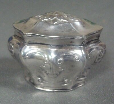 German Sterling Silver Small Hinged  Snuff Or Trinket Box