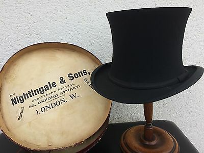 CIRCA 1900s COLLAPSABLE TOP HAT - REGENT STREET LONDON IN ORIGINAL CARD BOX