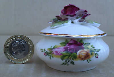 Royal Albert - Old Country Roses - Trinket Pot A/f Seconds