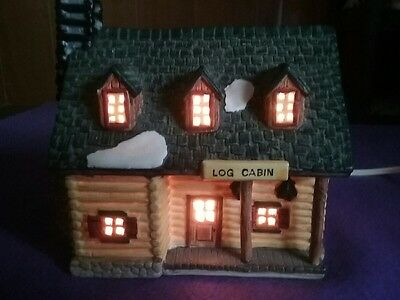"Lemax Lighted Winter ""LOG CABIN""  House  Resin"