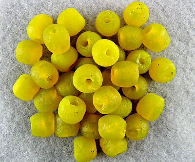 Trade-Beads-Venetian-Unusual-Med.-Translucent-Recycled-Yellow-Glass-Nice-Glow