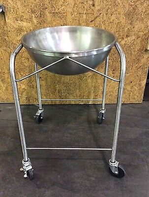Vollrath 79001 30-qt Mixing Bowl Stand w/ Bowl Stainless Mobile Serving