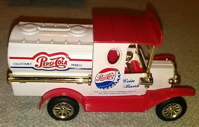 1993 Pepsi-Cola Delivery Truck Coin Bank Die Cast Limited Edition Collectible