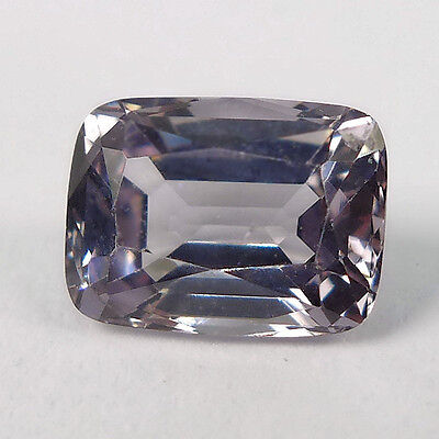 1.21 ct. VS Unbeh. 7.2 x 5.4 mm Light Violetter Tansania Cushion Spinell