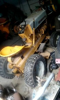 """Vintage IH Cub Cadet Model 70 with rare live PTO and 36""""mowing deck ( RUNS)"""