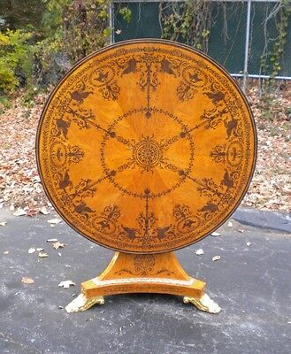 EXCELLENT Sheraton style Tilt Top CENTER table