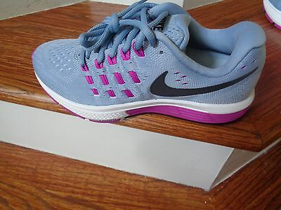 Nike Air Zoom Vomero 11 Women's Running Shoes, 818100 405 Size 5.5 NEW