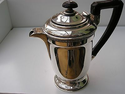 Beautiful Solid Silver Coffee Pot. Birmingham 1921.  408 Grams