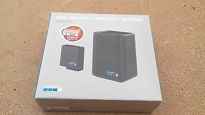 Hero 5 gopro dual battery charger + battery new!!