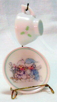 1989 PRECIOUS MOMENTS Miniature Cup, Saucer & Stand CHRISTMAS SLEDDING Holly