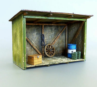 PLUS MODEL PL4051 Shed / Schuppen für Diorama in 1:48