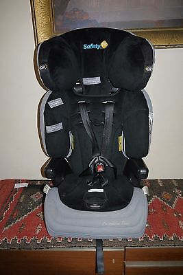 2013 Safety 1st Custodian Plus Convertible Car Seat with Air Protect Technology