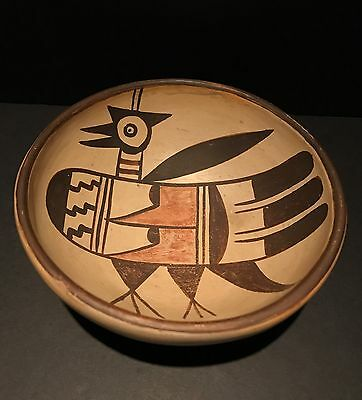 Graphic 1930s HOPI POLYCHROME BIRD PICTORIAL POTTERY BOWL, Excellent Condition