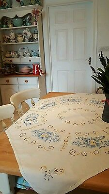 Beautiful Vintage Shabby Chic  Hand Embroidered Linen Tablecloth Roses Tea Party