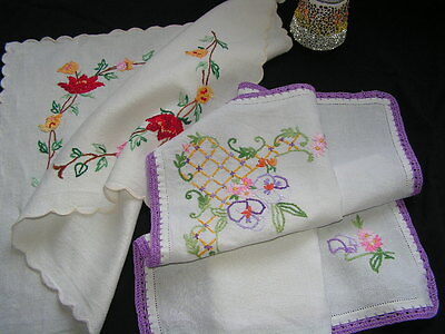 2 B'ful Vtg Richly Hand Embroidered & Crochet Lace Edge Small Table Centre Cloth