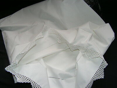 Lovely Vintage Quality White Cotton Peaked Crochet Lace Pillow Case