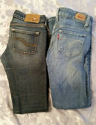 Lot of 2 juniors jeans,  size 0 S
