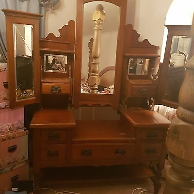 Edwardian Antique Dressing Table - Lovely Design With Drawers and Shelves