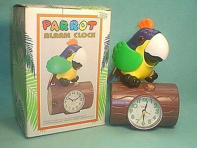 VINTAGE 1980's NOS PARROT ALARM CLOCK~MOVING MOUTH~FLAPPING WINGS~MORNING CALLS