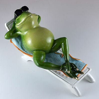 "Frog On Beach Chair Figurine Wearing Sunglasses 7.25"" Long Resin New!"